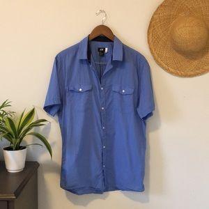 2/$15 H&M Men Blue Button Down Short Sleeve Shirt